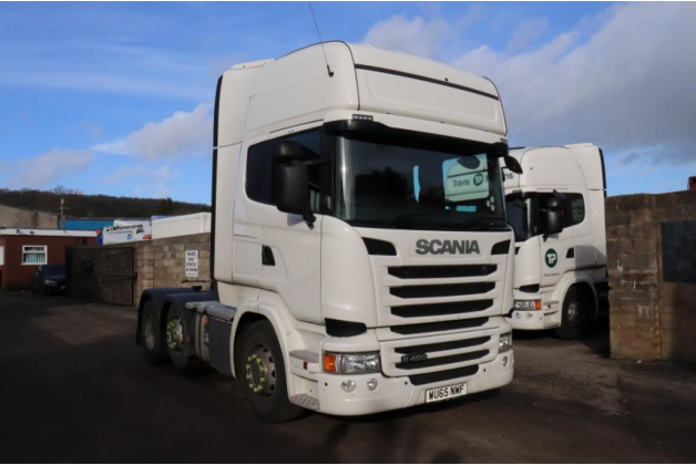 SCANIA R450 Top Line Cab 6 x 2 Tractor Unit plated at 44,000kg GVW
